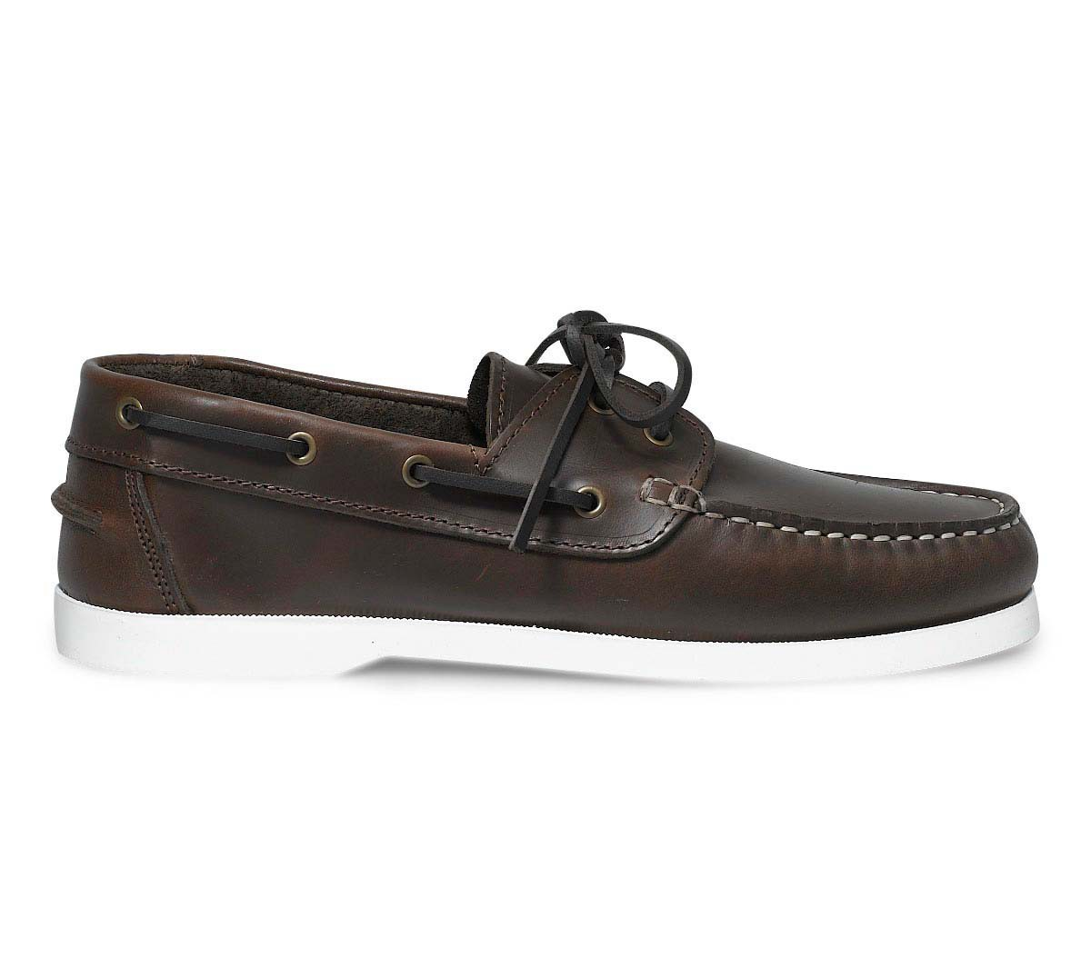 Comment porter des chaussures bateau pour homme ?