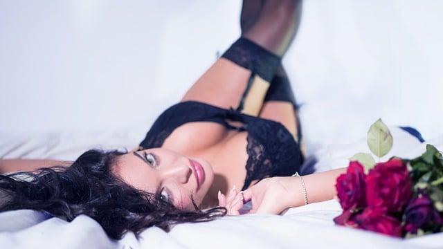 femme en lingerie