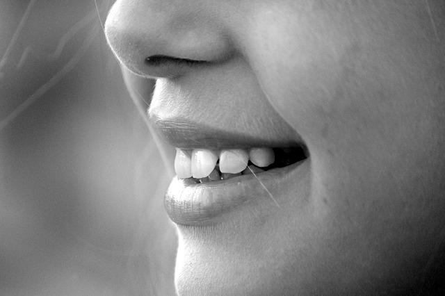 dents d'une femme