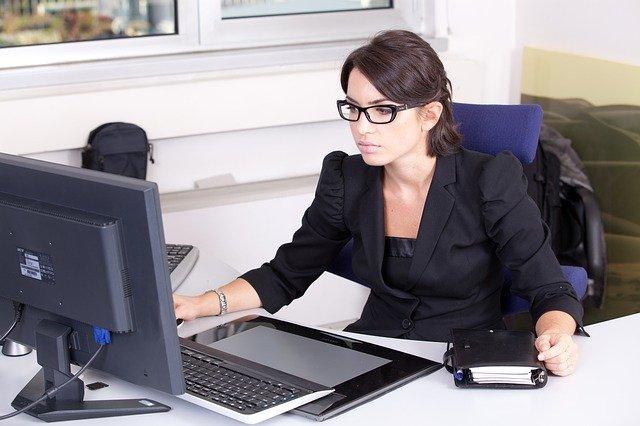 habillement secrétaire