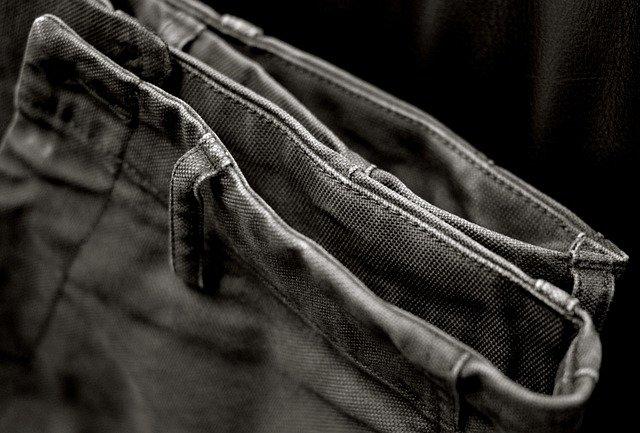 pantalon chino bien repassé